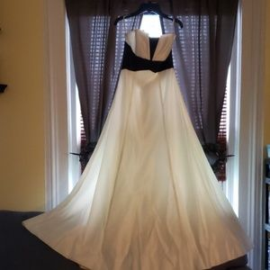 Ball gown